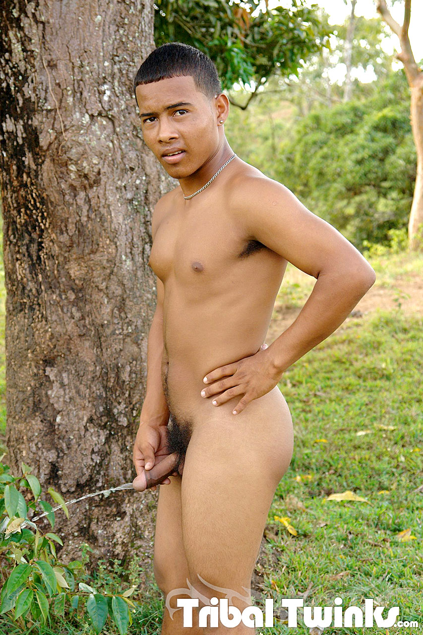 Men nude african tribes photos